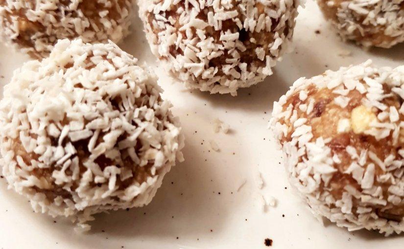 Cashew & Date energyballs