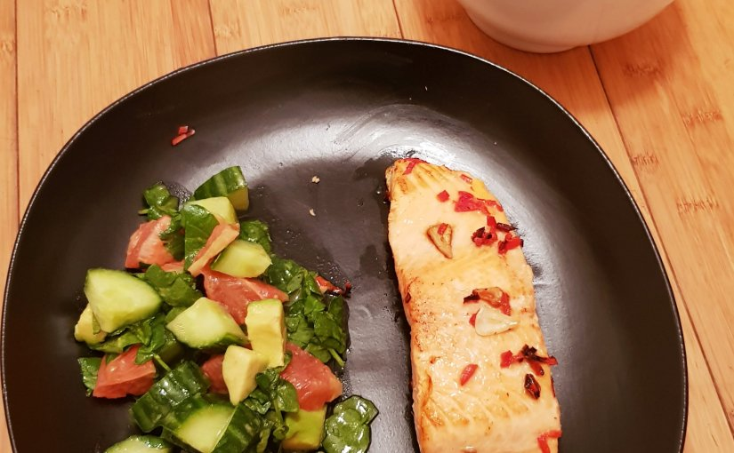 Chilli & garlic trout with citrussalad