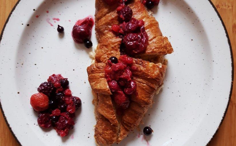 Baked croissant Frenchtoast
