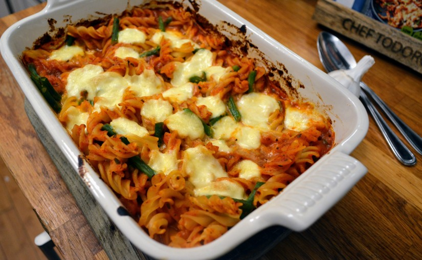 Super easy tomato pastabake