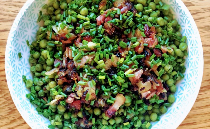 Peas with bacon andonions