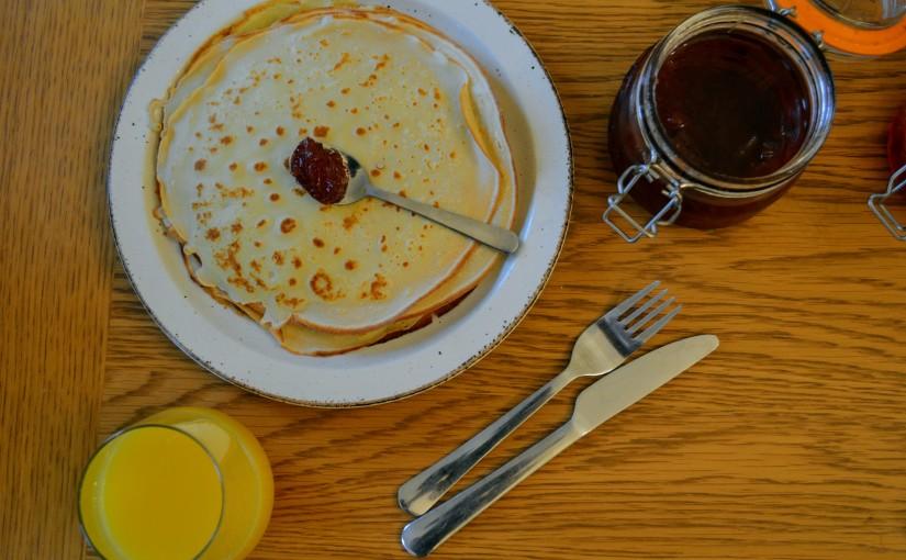 Bulgarian Crêpe pancakes –Palachinki