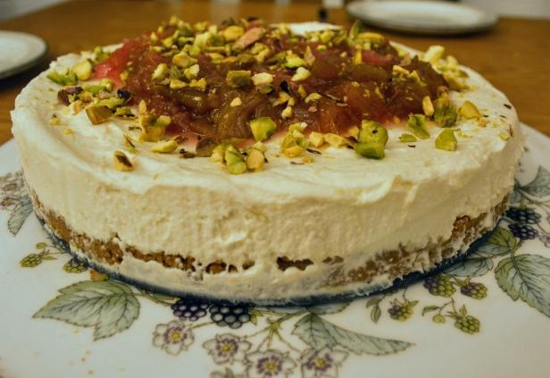 Rhubarb-Cheesecake-1
