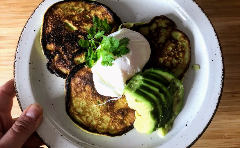 Pea, avocado and ricotta hot cakes with poached eggs